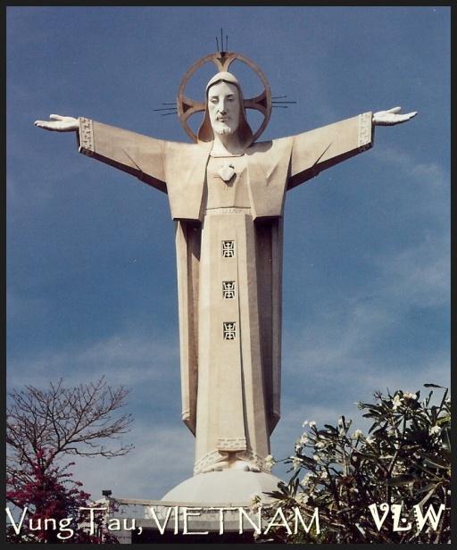 Vung Tau Christ statue (2)