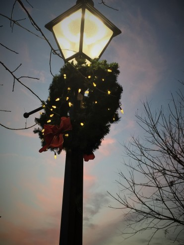 Wreath light sunset