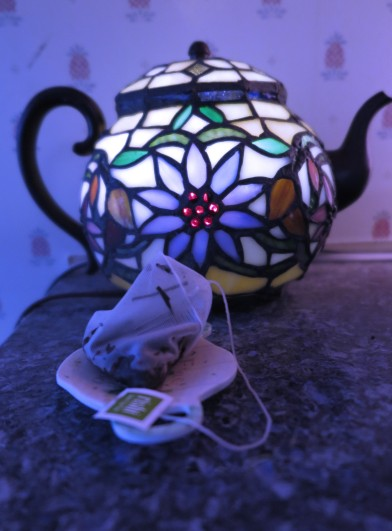 tea-teapot-with-teabag